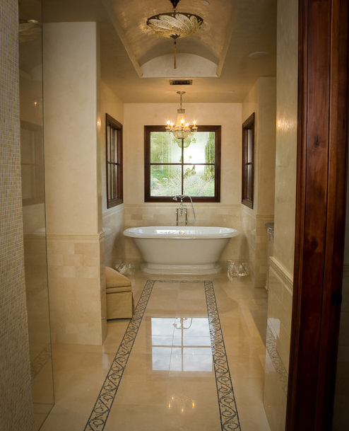 Crema Marfil Traditional Bathroom