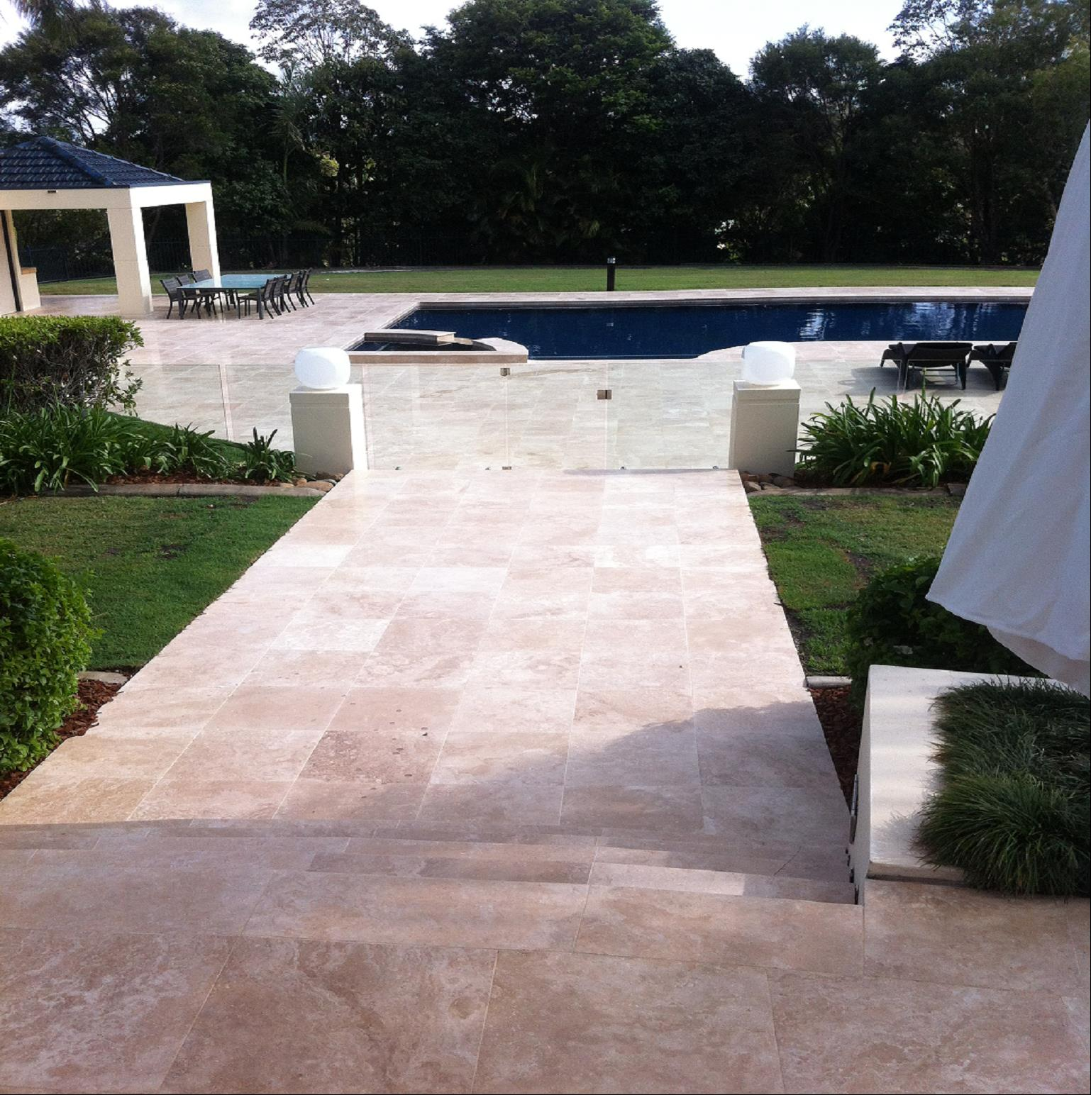 Light Travertine Honed & Filled Pool