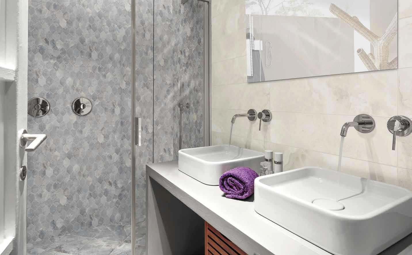 Rialto Blanc Bathroom with Sky Feature