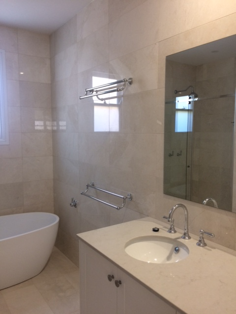 White Pearl bathroom Polished